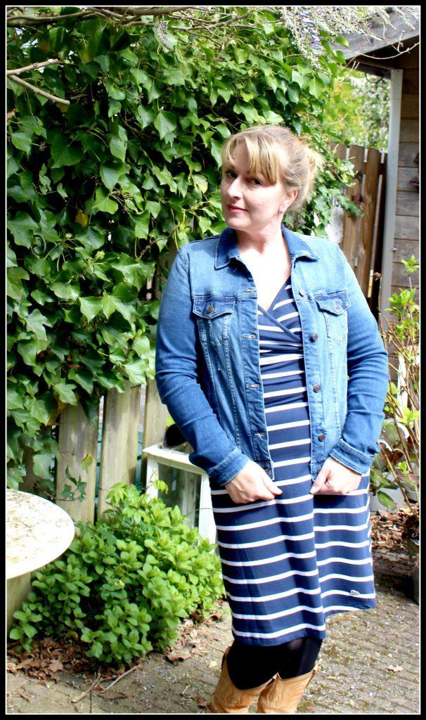 Tante Betsy Summer Cross