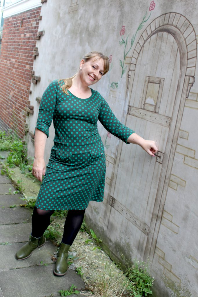 Tante Betsy Dress Sue little Dot Green