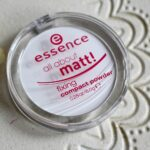 Essence All About Matt Fixing Compact Powder