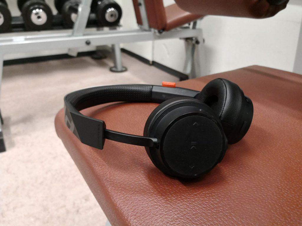https://www.plantronics.com/nl/nl/product/backbeat-fit-500