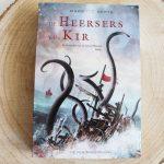 Boekenreview: De Heersers van Kir (De Kronieken van de Zeven Eilanden) – Mariëtte Aerts