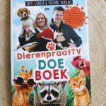 Boekenreview: DierenpraatTV Doeboek – Britt Dekker & Richard Versluis
