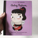 Boekenreview: Van klein tot groots Audrey Hepburn