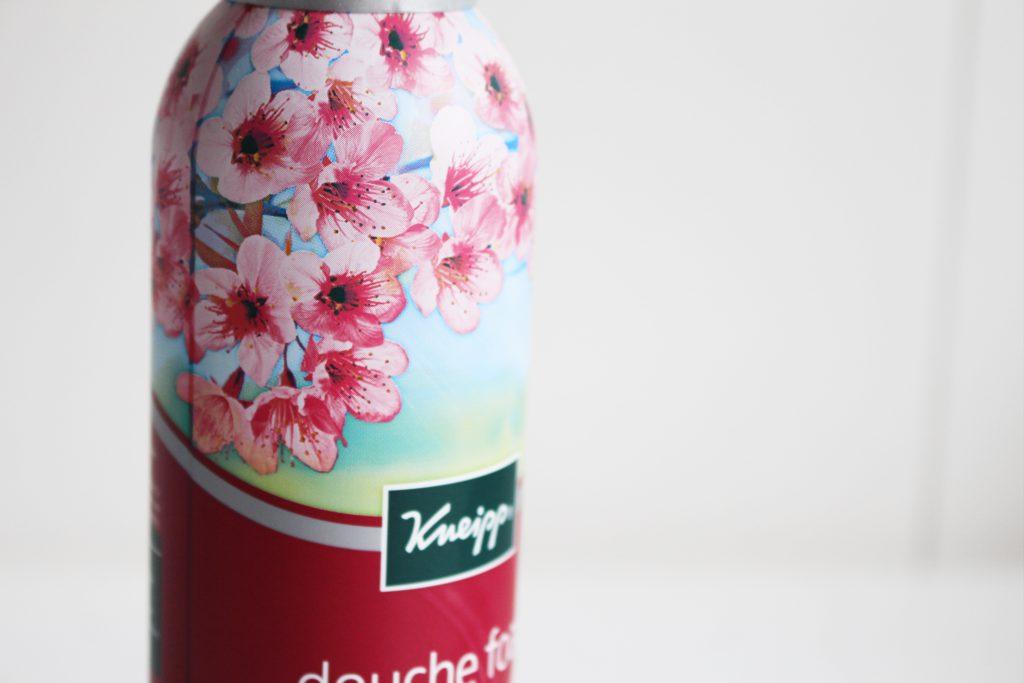 Kneipp® Douche foam Cherry Blossom