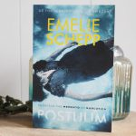 Postuum – Emelie Schepp