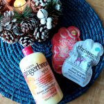WARME WINTERMOMENTEN MET TREACLEMOON™ 'WARM GINGERBREAD SPICE' SHOWER & BATH GEL EN SCENTED BATH SALTS